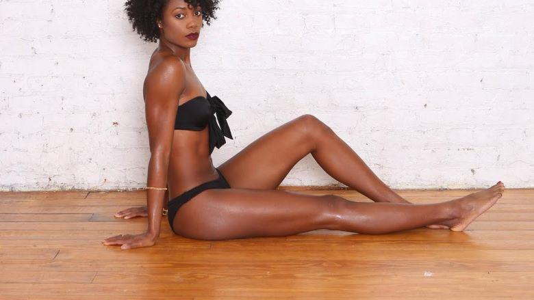 ebony cam girl with hot feet